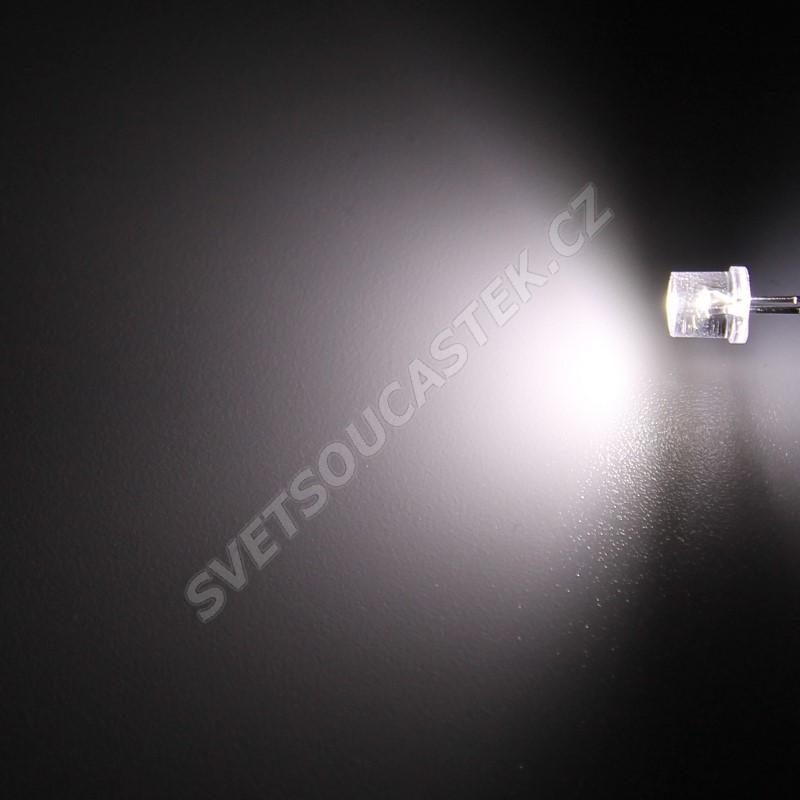 LED 5mm stud. bílá 1500mcd/100° čirá Hebei 599PWC