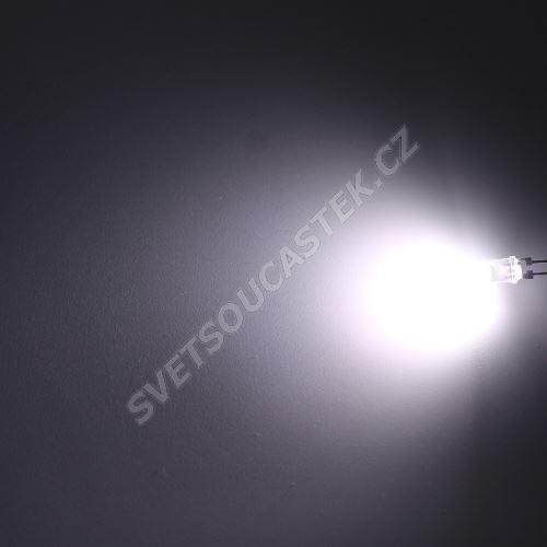 LED 5mm 0,5W stud. bílá 10000mcd/90° čirá Hebei 05W580EW6C