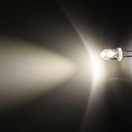 LED 5mm teplá bílá 6000mcd/50° čirá Hebei 550PWO4C