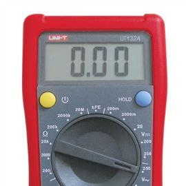 Digitální multimetr UNI-T UT132A