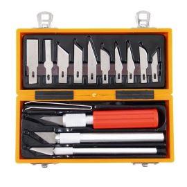 Sada 13ks skalpelů se třemi kovovými držáky a pinzetou v krabičce z ABS Extol Craft 91350