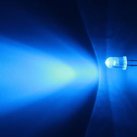 LED 5mm modrá samoblikací 2500mcd/30° čirá Optosupply OSB5SS5A31A