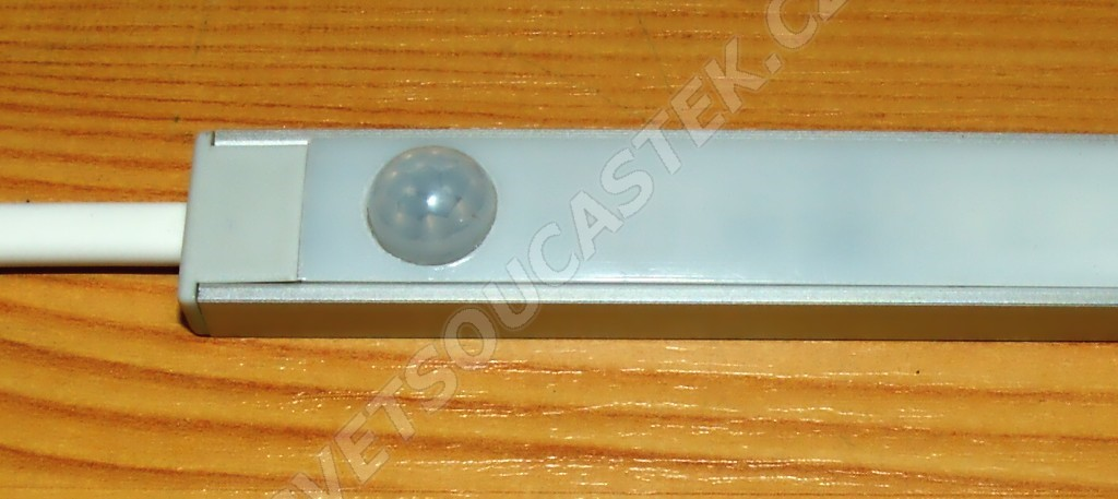 Pohybový spínač pro LED pásky do profilu 9-28VDC/7.5A LED4est L4EPIR1L