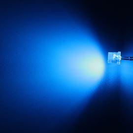 LED 5mm modrá 770mcd/100° čirá Hebei 599LB7C